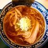 井戸端よしお - 料理写真:肉入り中華そば(830円)