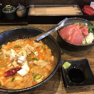 喜多方食堂 麺や 玄 - 料理写真:やっぱり食べたい鮪丼