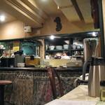 杏花村 - 厨房側を望む