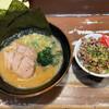 ラーメン独歩 - 料理写真:ラーメン チャーシュー丼(小)