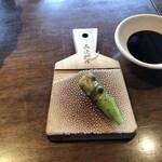 松江の台所 こ根っこや - お刺身には本山葵と鮫皮