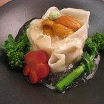 函館 うにむらかみ - タラバとうにのすり身が入った豪華な自家製の逸品 うにむらかみ特製焼売 1300円