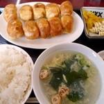 ホワイトギョーザ サガノ家 - 焼き餃子10個定食