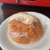 さんツボンヌ - 料理写真:スモークチーズソーセージ..・ヾ(  ๑´д`๑)ツ
