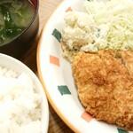 みゆき食堂 - 料理写真:豚カツ定食