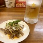 風味絶佳 麺屋まるきた商店 - 料理写真:生ビールとお通し