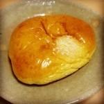15164378 - クリームパン