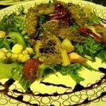 フリッタフラッタ - トリッパのカリカリ焼き サラダ仕立て 酸味が絶妙