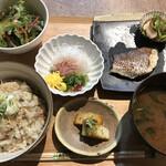 晩酌食堂 Hanaco+ -