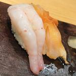 151662125 - 甘海老と赤貝