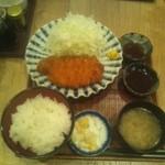 おふくと虎吉 - 厚切りロースカツ定食\1180