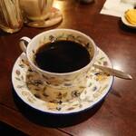 カフェ アルル - 酸味が少なく、苦味がバランス良い絶品コーヒー。