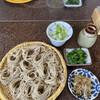 郷土食堂 - 料理写真:菜の花とフキの箸休めが、フッと添えて出てくる。