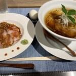 151691132 - 醤油そばと肉丼