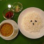 カフェ デュ カシュ・カシュ - 本格派タイカリー 4種類 なすび・ココナッツ・ほうれん草・地鶏