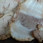 麺屋 夢人 - チャーシュー!豚バラ肉と鶏肉の2種類!(・。・;