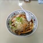 麺房マービン - 料理写真:豚骨醤油