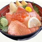 魚河岸割烹さかなや千本一 - サーモンと炙りサーモン丼