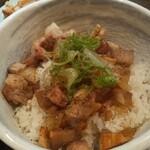 自家製麺 麺や ひなた - ひなたセットのチャーシュー丼