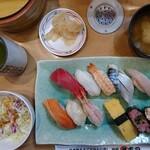 丸寿司 - 料理写真:特丸ランチ