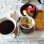 山びこ - ホットコーヒー(モーニングサービス付き) 400円