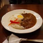 naked - 鶏ガラ煮込みカレー(990円)