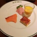 ブラッスリーオザミ丸の内 - 前菜の盛り合わせ