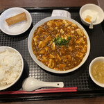 DRAGON酒家 - 麻婆豆腐定食