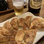 餃子酒家 照井 - ビールと餃子