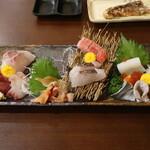 居酒屋かずみ - 料理写真:刺し盛り