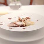 151773750 - シェリービネガーの香るエイフィレとアンディーブのサラダ