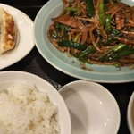 151776475 - レバニラ定食餃子付