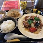 好天 - 豚フィレ肉のやわらか酢豚ランチ  850円(税込)