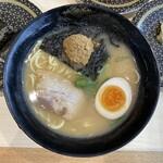 はま寿司 - 東京魚介とんこつラーメン 460円