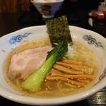 龍のひげ - 龍のひげ塩らあめん・海老油&中太麺