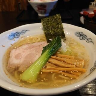 龍のひげ - 料理写真:龍のひげ塩らあめん・海老油&中太麺