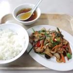 波止場食堂 - 日替り中華ランチ・ピリ辛肉野菜炒め