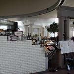 バール・ラ・テラッツァ・サバティーニ - 45F北展望室内