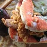 かもめ - カニがたくさん!スープ濃厚のちぢれ麺