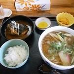 高江食堂 - 料理写真:サバ味噌定食 800円