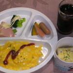 ハーモニー - キッズ5プレイト(ハンバーグ・カレー・オムライス・スパ赤・白から選択)ドリンク+スープで¥630