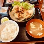 タカラ亭 - 料理写真:唐揚げ定食