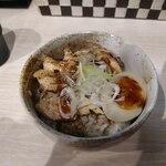 鶏そば専門店 一護 - チャーシュー丼