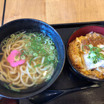めい泉 - 料理写真:かけうどんとカツ丼