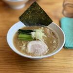 らぁ麺 次男坊 - 料理写真:らぁ麺 800円