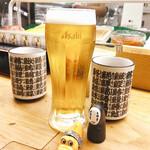 立喰い寿司 七幸 - ドリンク写真:久しぶりのお昼の生ビール