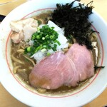鷹の目 - 【限定】背脂濃厚煮干し蕎麦 950円