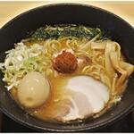 味噌 Style REGISTA - 料理写真:辛味噌らぁめん+味玉 900+100円