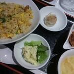 ebisugyouzataihouki - Aセット(五目炒飯&油琳鶏)