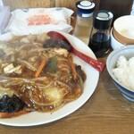 めんきち - 料理写真:本日はちょっと変わり種、あんかけ焼きそばとライス(卵かけご飯)にしました。